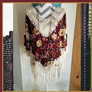 Tops - Boho floral fringe tunic